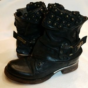 AS 98 Free People Black Leather Buckle Boots 37 7